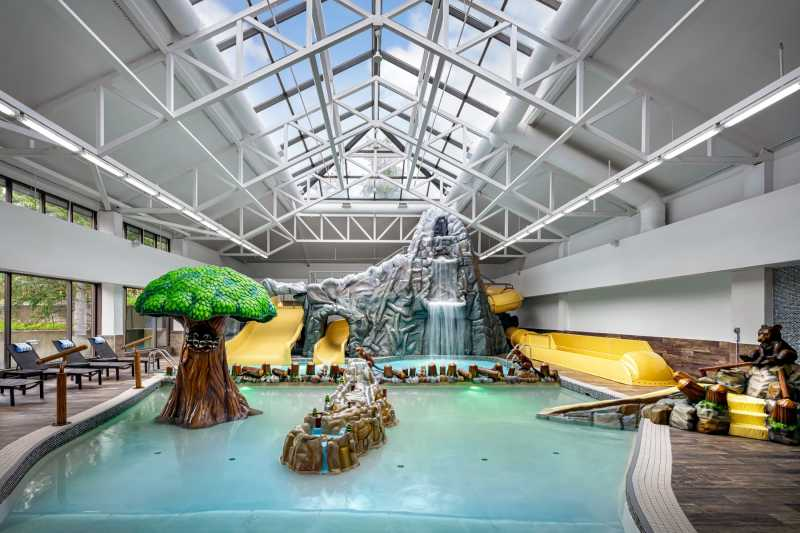 Indoor Waterpark and Hot Tub Bookings